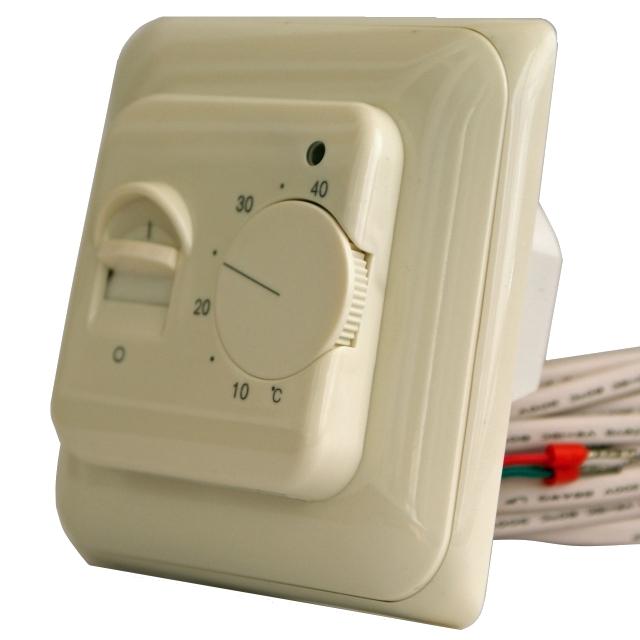 Терморегулятор RTC 70.26 вид сбоку